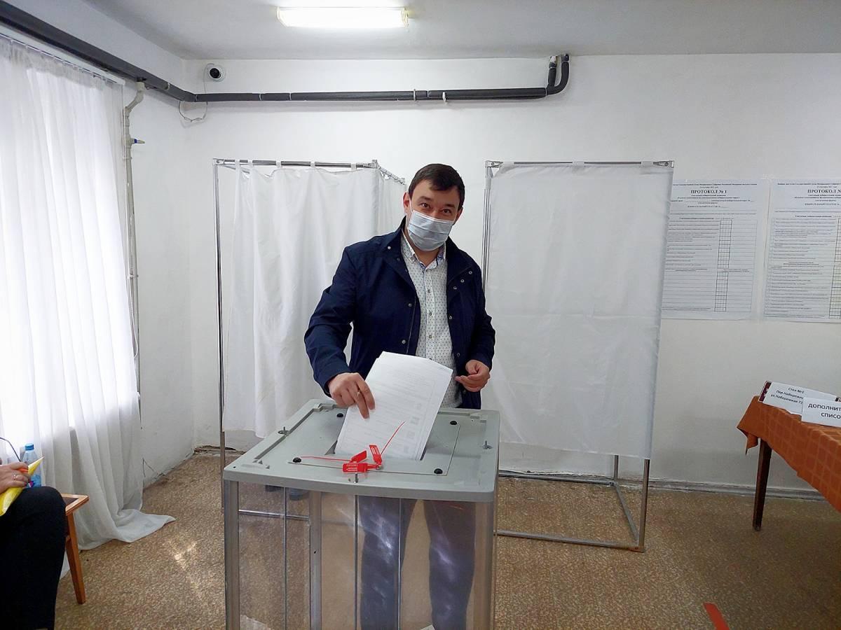 Парламентарии призывают граждан принять участие в выборах